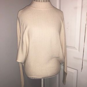 Zara cream long sleeve sweater